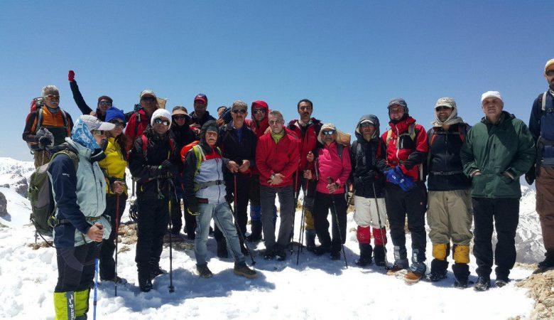 o5 780x450 - صعود به قله عوداڵان در اورامان